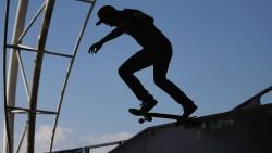 [Skateboarding] SKATEBOARDING: Wilds in the street